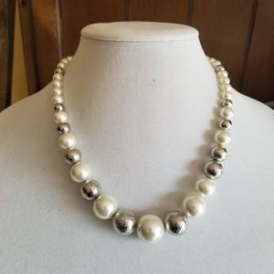 Cato Silver Pearl Necklace Earrings Set